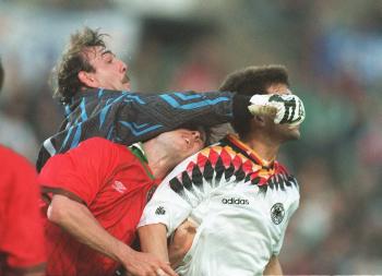 Sportfoto des Jahres 1995   2.Platz Kategorie Fußball - Jürgen Fromme